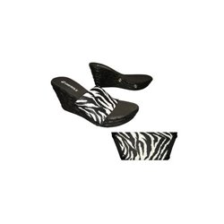 """Day Tripper Soft Step 3 1/2"""" Heel With 5 Free Tops!"""